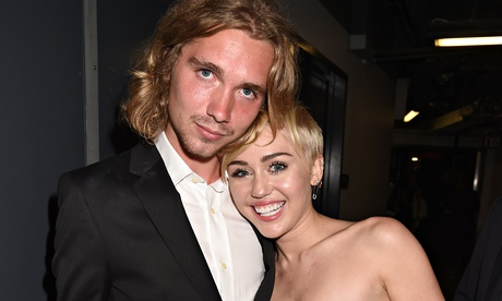 Miley Cyrus and Jesse Helt VMAs